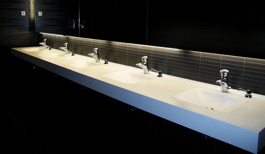 lavabo para servicios pblicos de centro comercial realizado en dupont corian